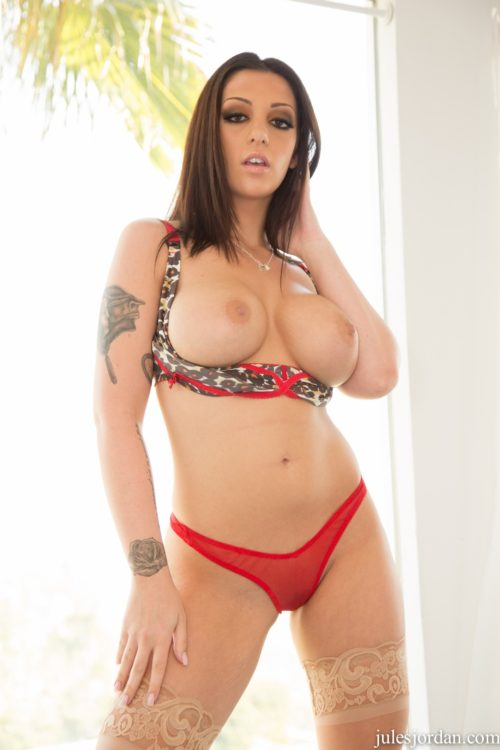 melina mason creampie accident busty tattooed jules jordan